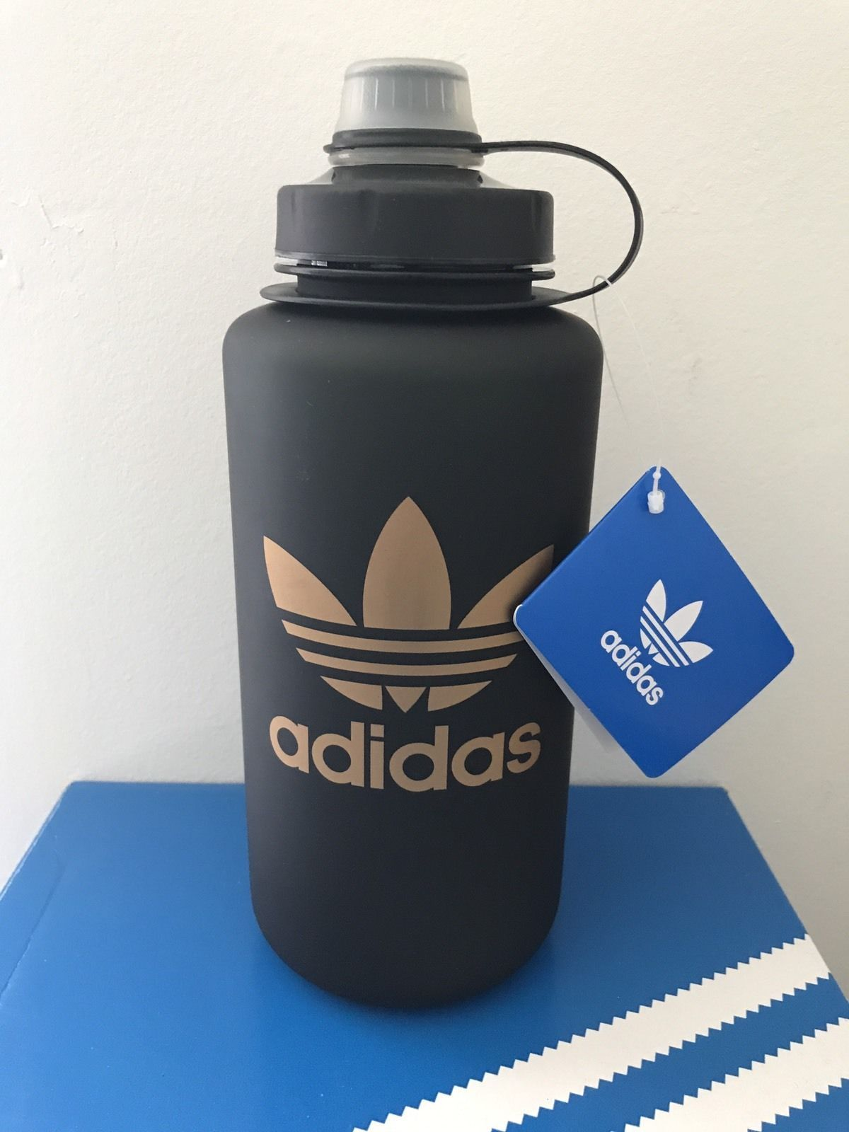 NEW Adidas STEEL WATER BOTTLE 750 ML Black//Silver BPA Free