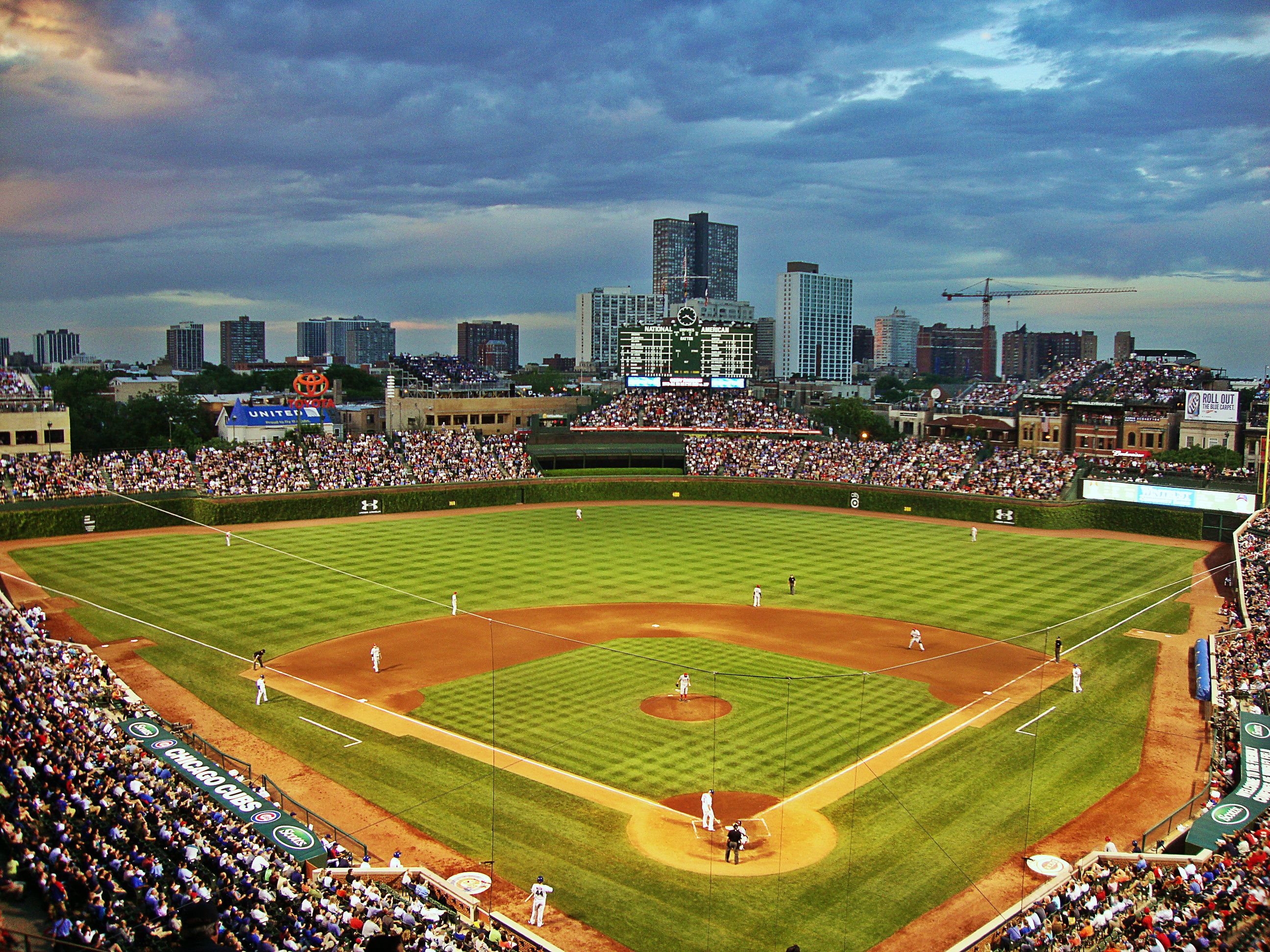 Sunset Over Wrigley Wrigley Field Chicago Cubs Baseball Wrigley Field Chicago