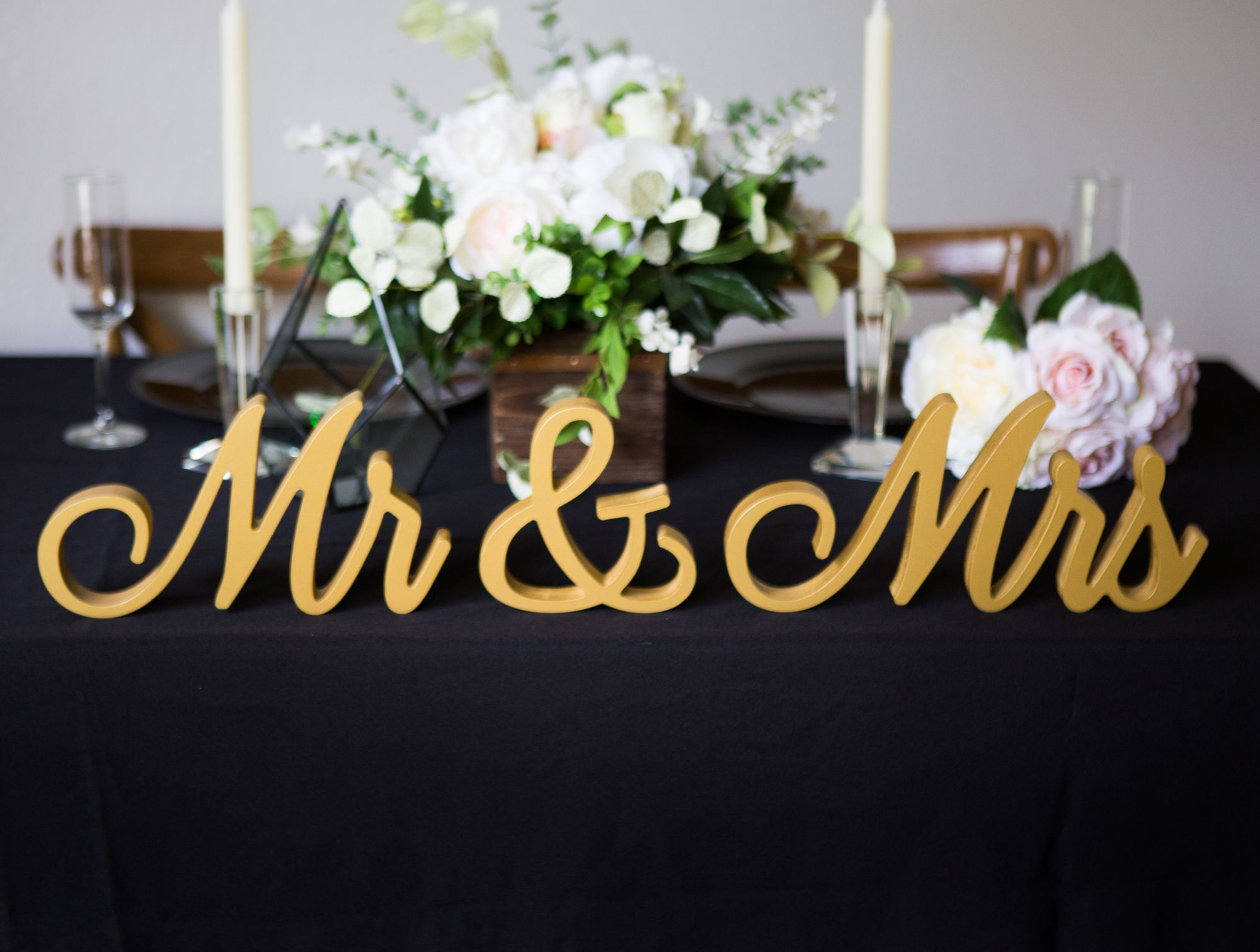 These Signs Will Last a Lifetime! Script Mr & Mrs signs are the ...