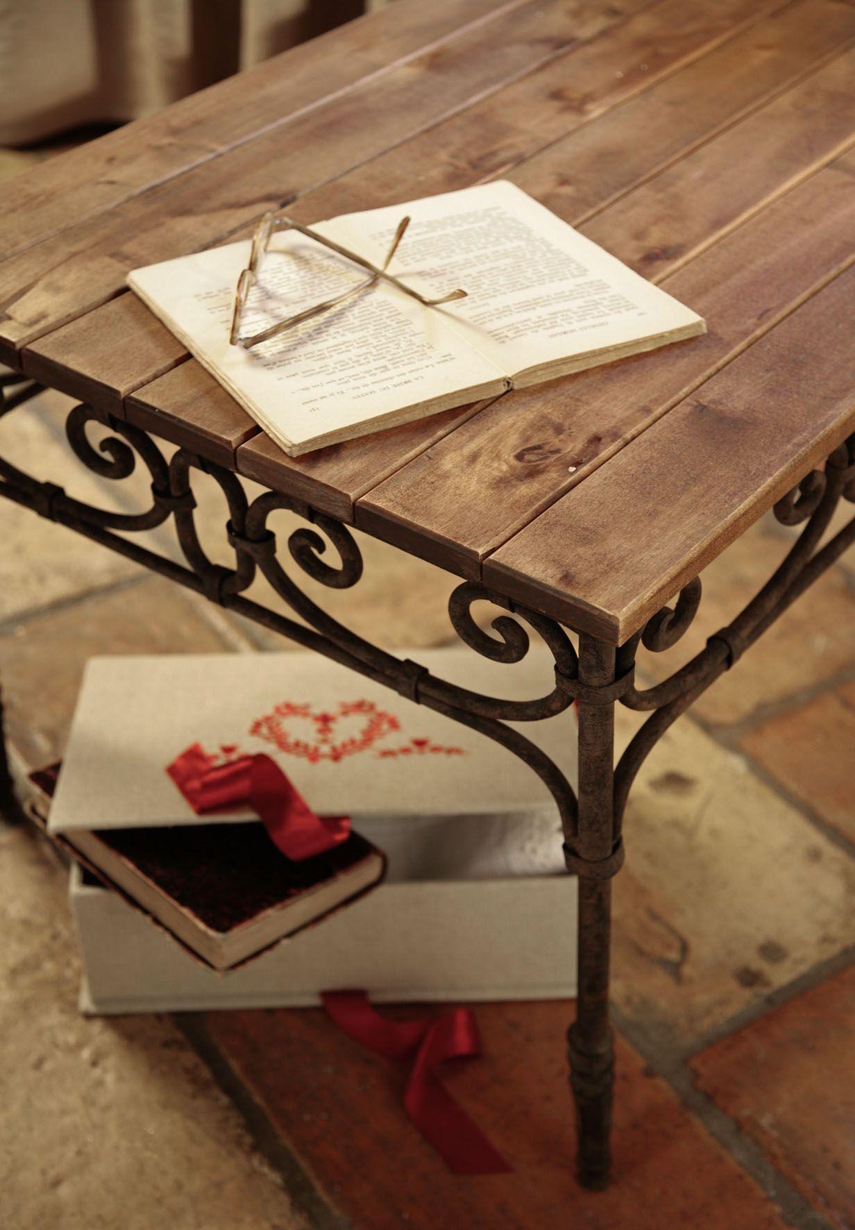 Bytove Doplnky Comptoir De Famille Decor Home Decor Furniture