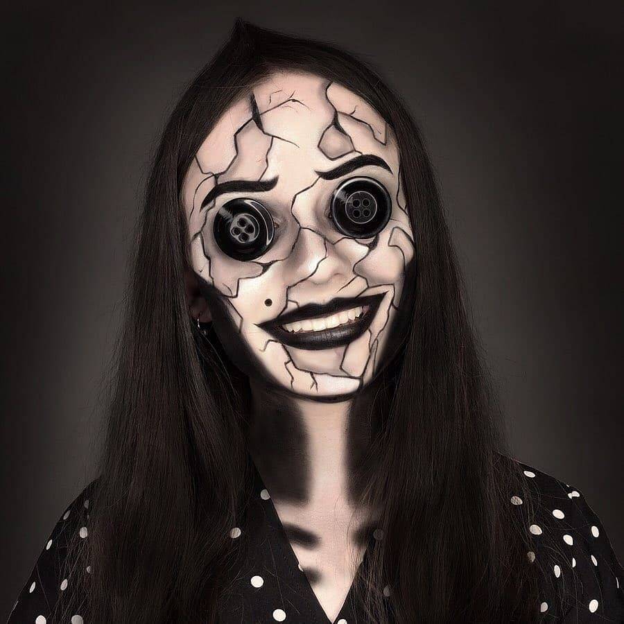 Which One Is Your Favorite Halloween Costumes Women Scary Scary Couples Costumes Halloween Makeup Scary