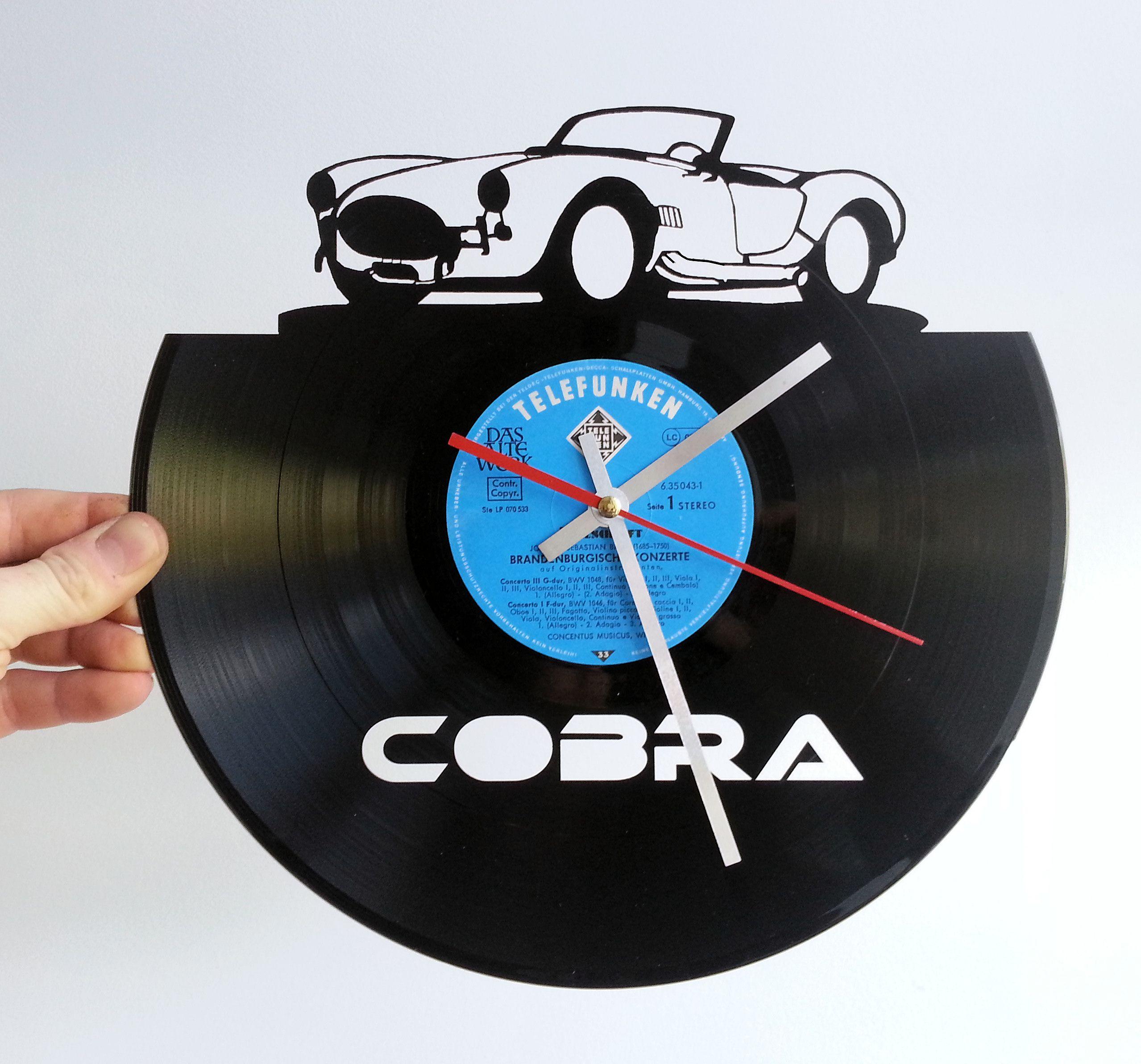 Cobra Vinyl Schallplatte mit LAsergravur als Geschenkidee Wanduhr express