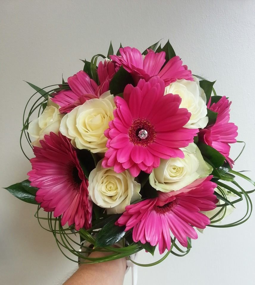 Wedding Bouquet Of Gerbera Daisies : Enchanted flowers ivory rose and hot pink gerbera bridal