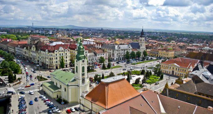 Stimați cititori, sondajul s-a încheiat. Titlul de cel mai frumos oraș din România revine, în urma voturilor dumneavoastră, orașului Oradea. Vă invităm să citiți articolul oferit, de onlinereport.r...