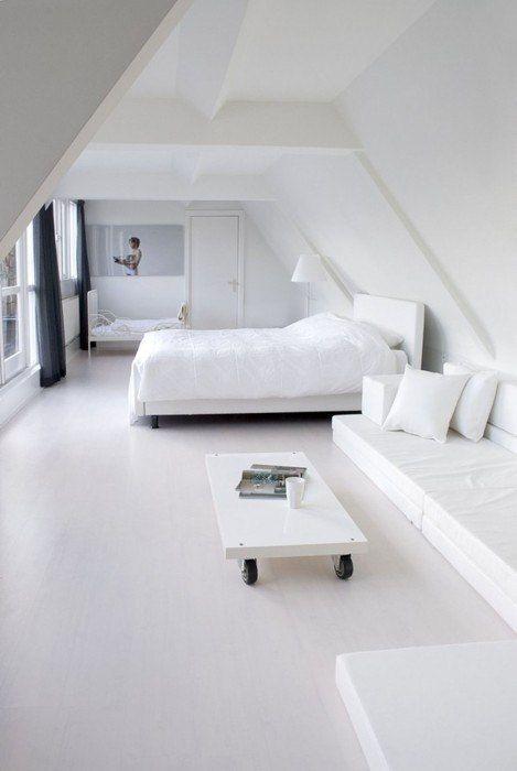 so white bedroom
