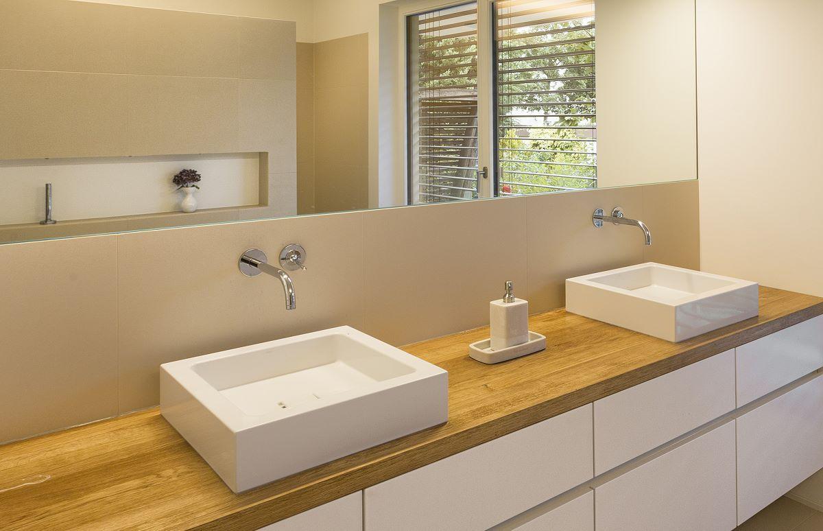 mtb badm bel in lack weiss badezimmer pinterest badezimmer dachausbau und badideen. Black Bedroom Furniture Sets. Home Design Ideas