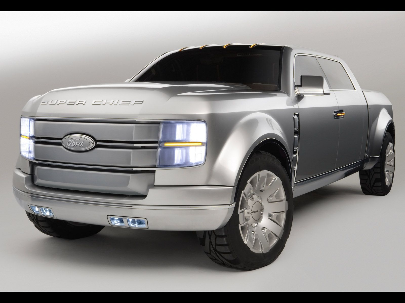 Ford f 250 super chief concept