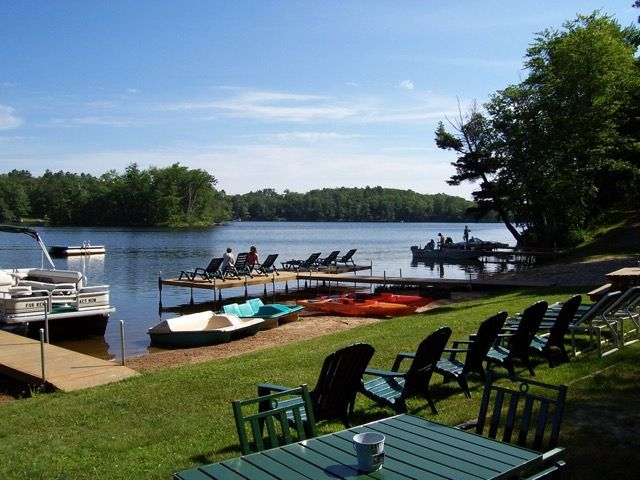 Brekke 39 S Fireside Resort Family Resorts And Vacation Rentals Cottage And Cabin Rentals Vacation Rental Home Wisconsin Vacation Family Resorts Lake George