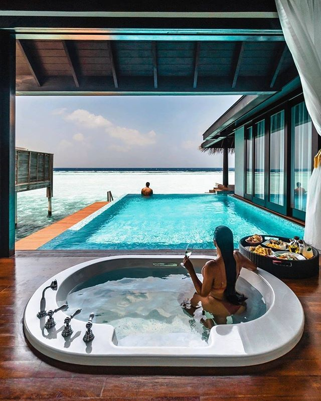 Luxury Life Design Most Romantic Honeymoon Destinations: Rose Bath In Bali Stars: Average Price: $1469