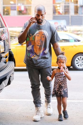 Kardashian Jenner Family Wearing Yeezy Boost Sneakers Kardashian Jenner Yeezy Jenner Family