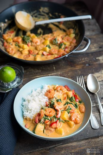 Photo of Shrimp curry with coconut milk and spinach – madame cuisine