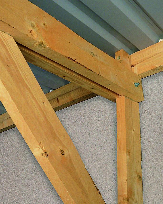 Toit  assembler une charpente à mi-bois Construction