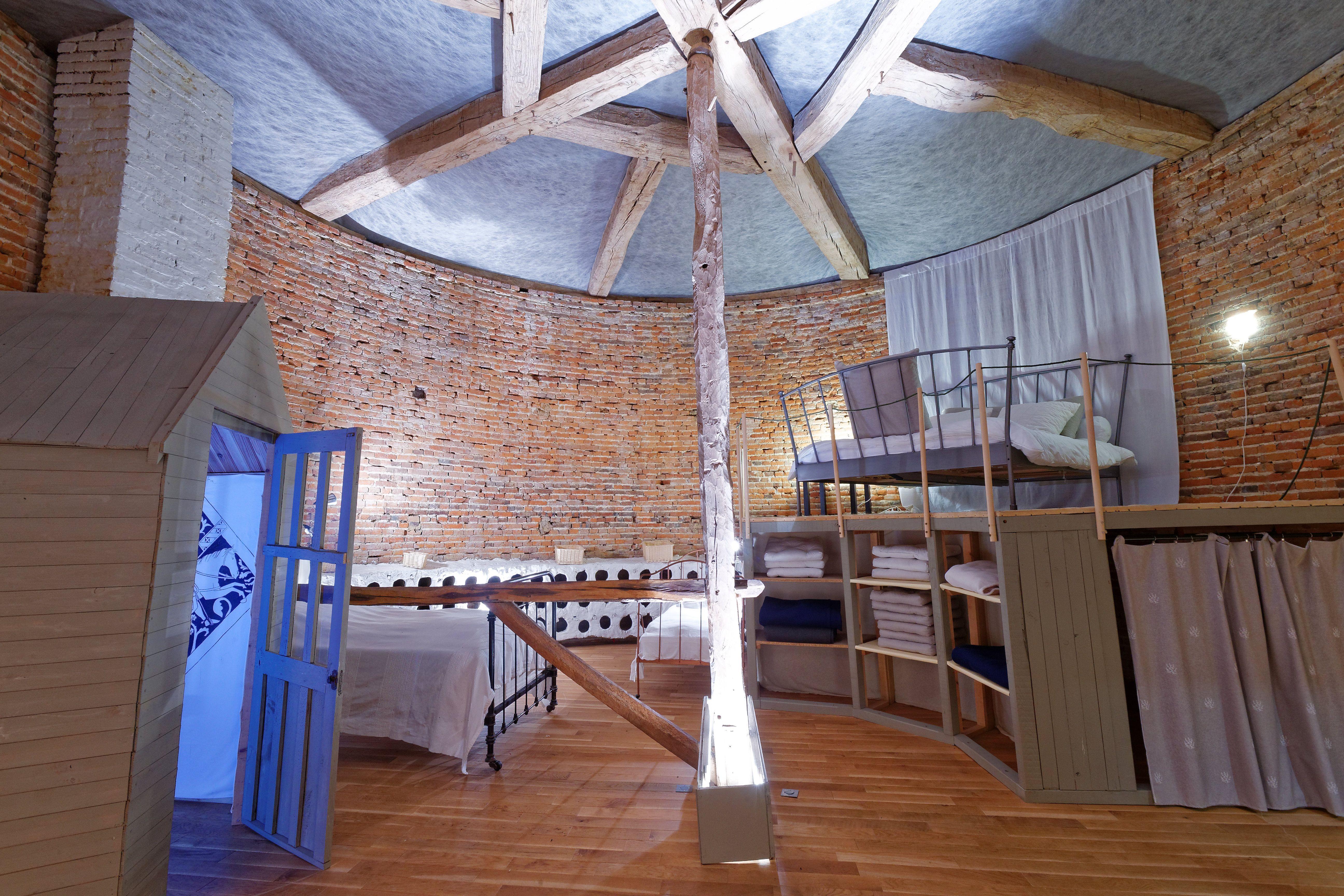 sauna beauvais interesting aquatic complex beauvais with sauna beauvais free cabane spa pella. Black Bedroom Furniture Sets. Home Design Ideas