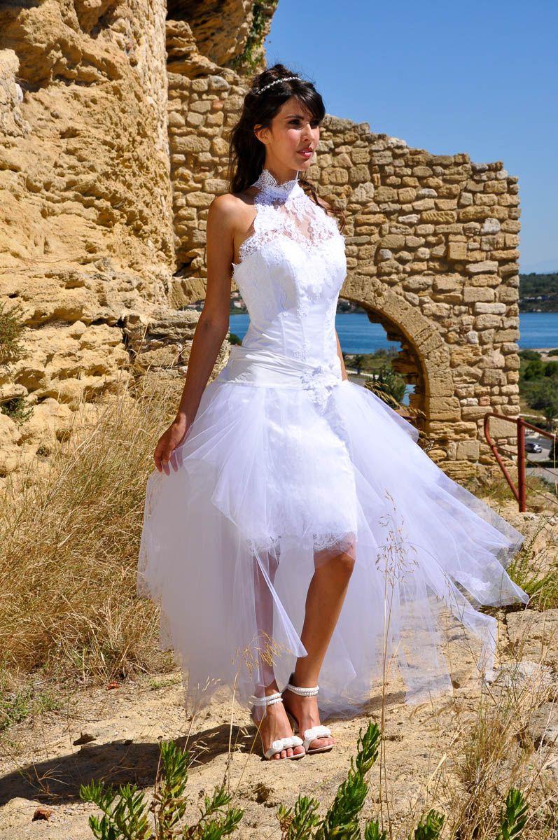 pour une robe de mariage civil une tenue simple et chic. Black Bedroom Furniture Sets. Home Design Ideas
