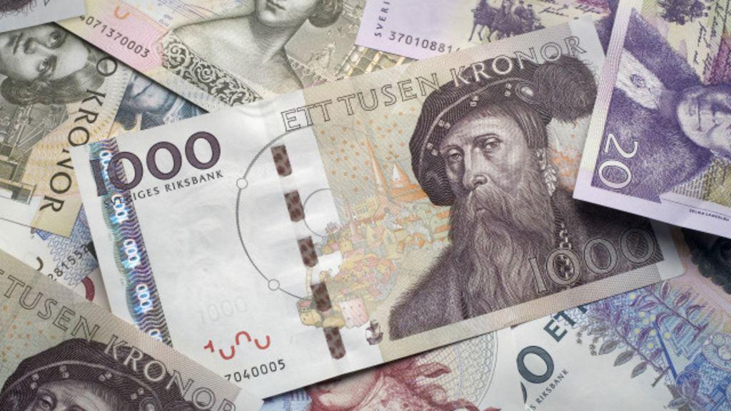 """""""Não aceitamos dinheiro"""". Dinheiro pode sair de circulação na Suécia até 2030"""