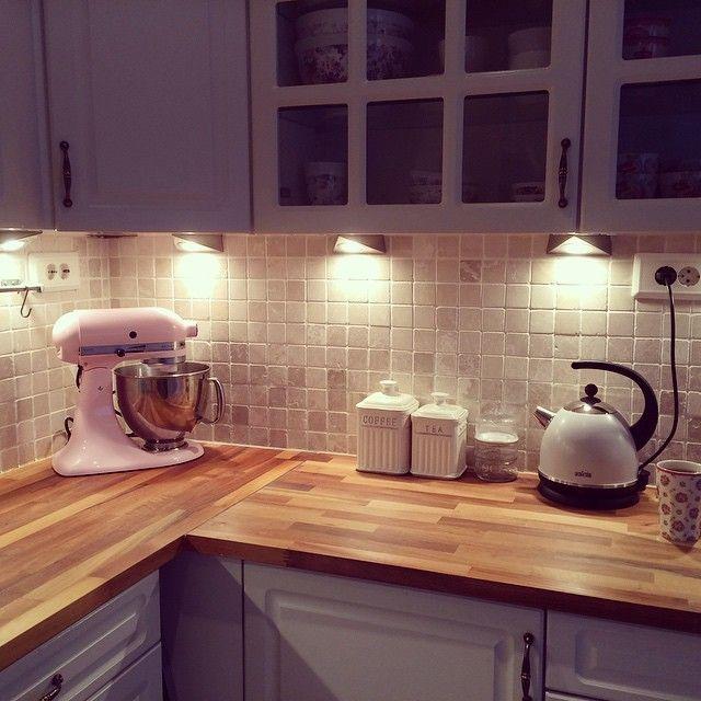 """""""Til uka blir det ny benkeplate, vask og kran #kjøkken #kitchen #kitchenaid #lacafetiere"""""""