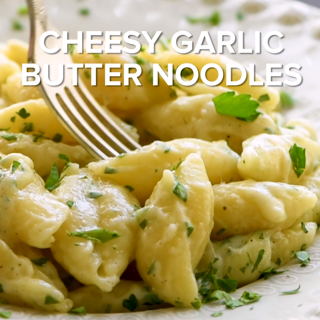 Quick and easy buttered noodles that are loaded with garlic