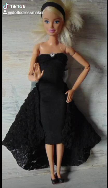 Dress for Barbie, Vestido para Barbie