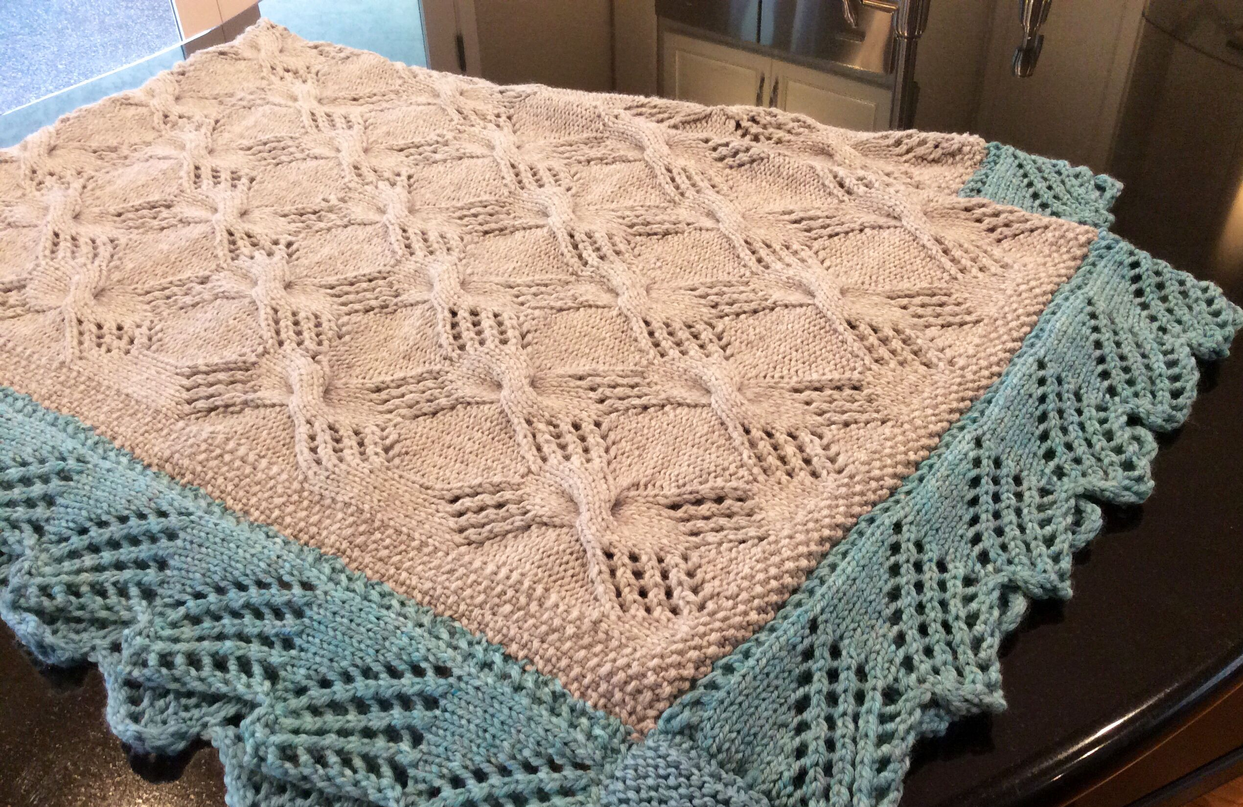 Lindsey\'s Blanket Used the Cable Knit Throw pattern free from Coats ...