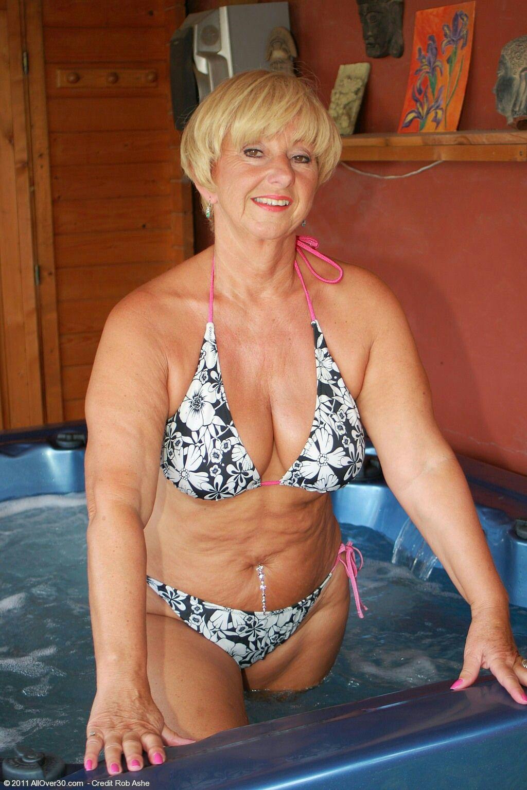 Amateur bbw wife nude