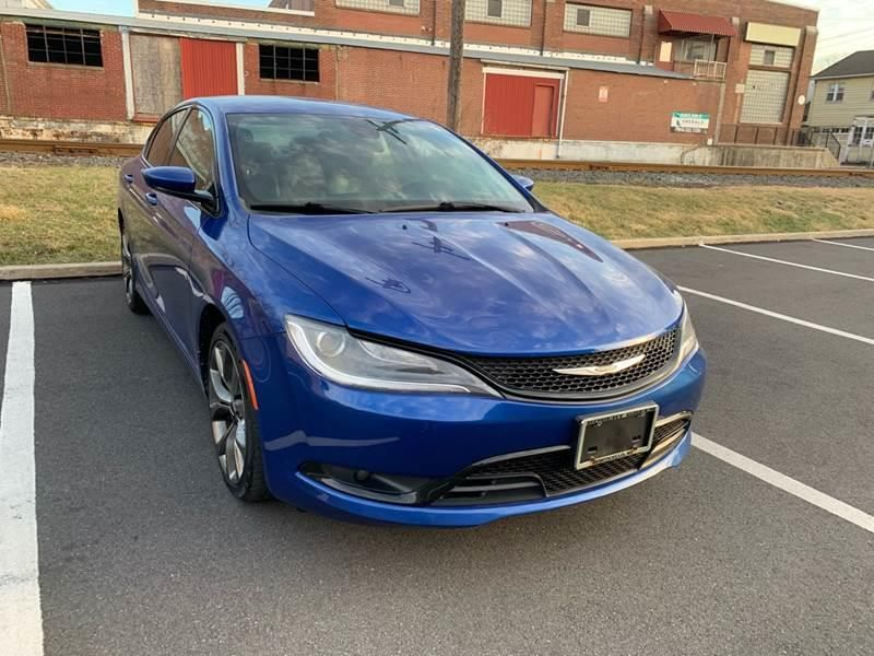 2015 Chrysler 200 For Sale In Nazareth Pa Caulfield S Family