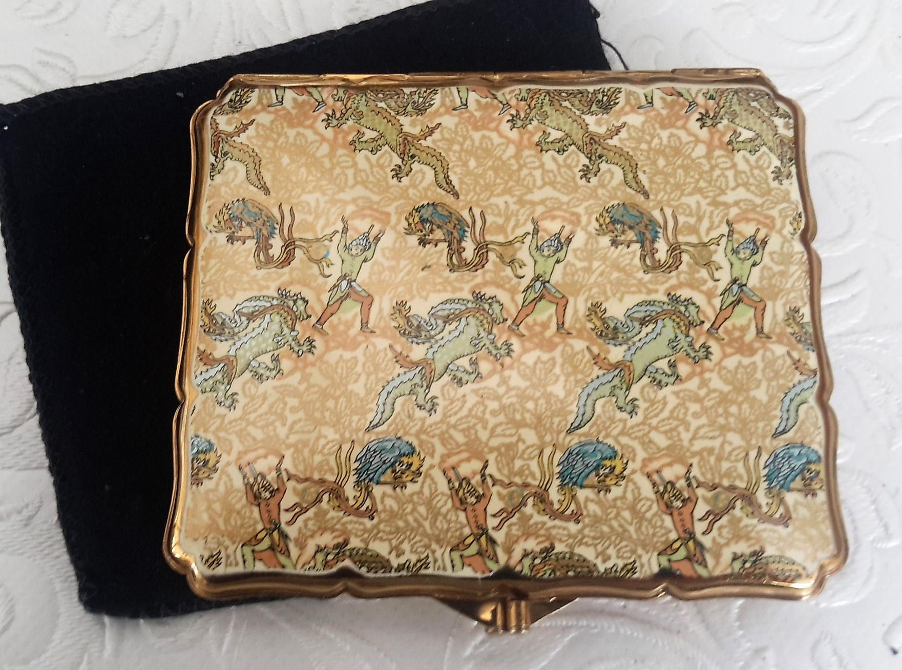 Stratton cigarette case, 1950s, Chinese dragon enamelled and Gold Tone English card case. Tobacciana by NanaBarbarastreasure on Etsy