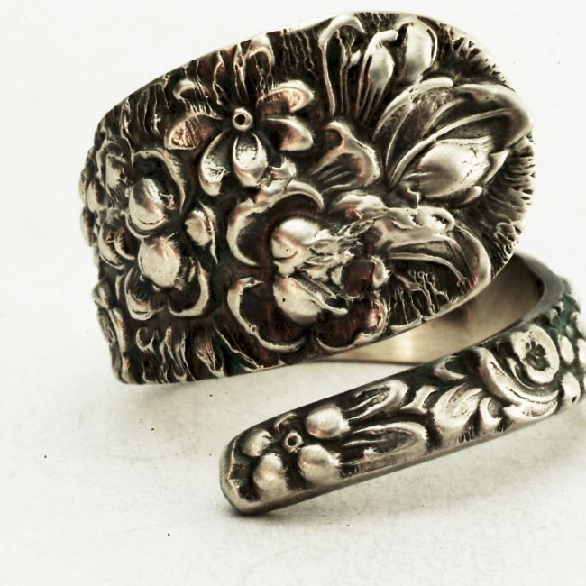 Antique Stieff Forget Me Not Floral Sterling Silver Spoon Ring ( Etsy:: http://www.etsy.com/listing/104114784/antique-stieff-forget-me-not-floral?ref=v1_other_2# )