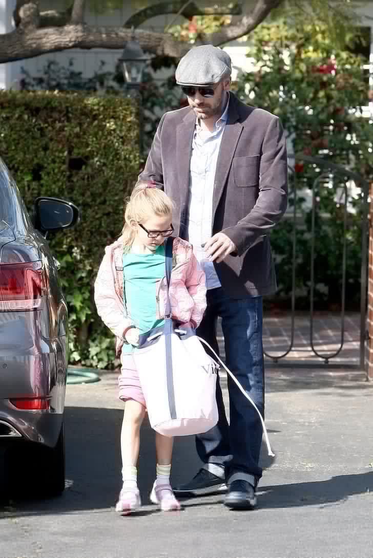 """ベンアフ画像 on Twitter: """"ハンチング。 娘ちゃんの鞄可愛いですね^_^ https://t.co/0rcQveExxc"""""""