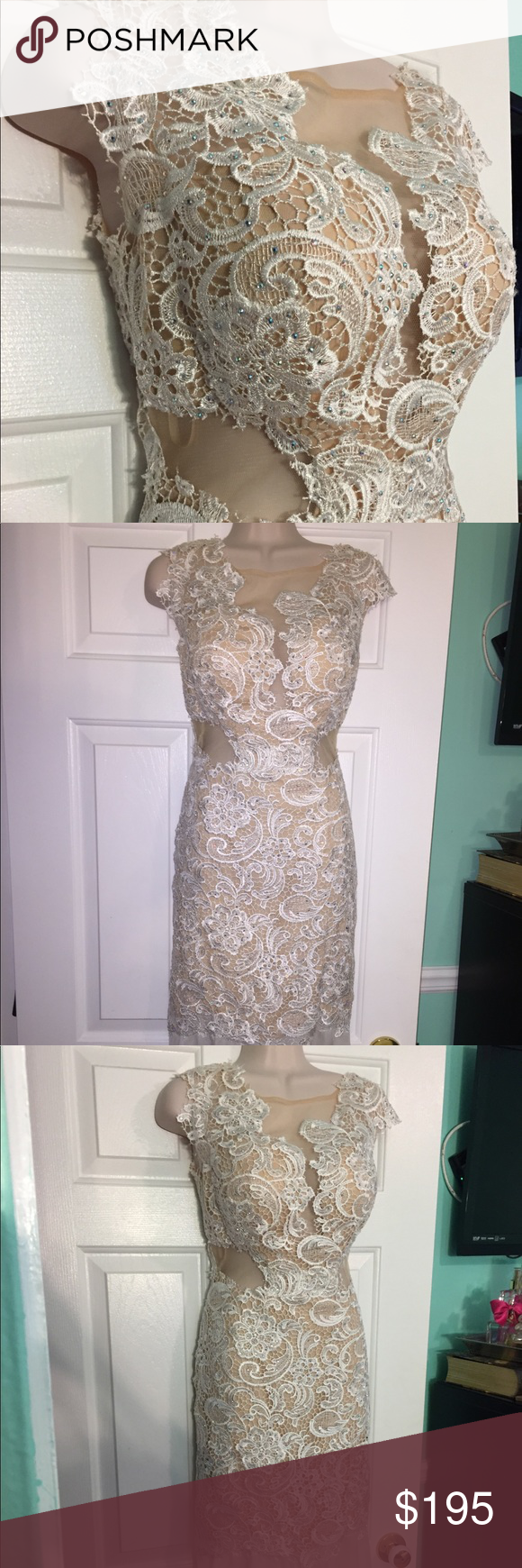 Beautiful lace embroidered prom dress prom ivory and elegant