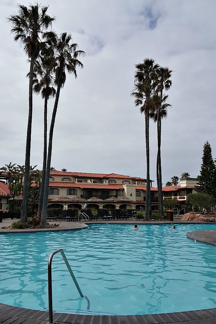 Mandalay Beach Resort and Hotel - Embassy Suites by Hilton in Oxnard ...