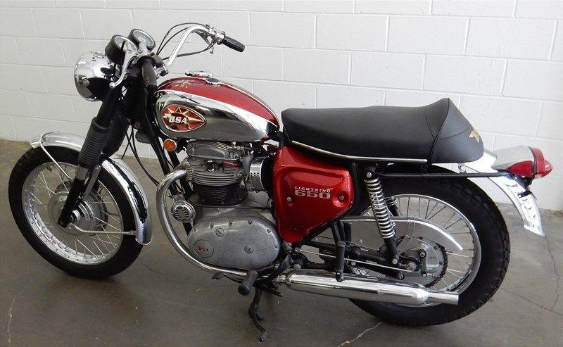 Photo Of A 1969 Bsa Lightning Custom Bikes Vintage Honda Motorcycles Cafe Racer