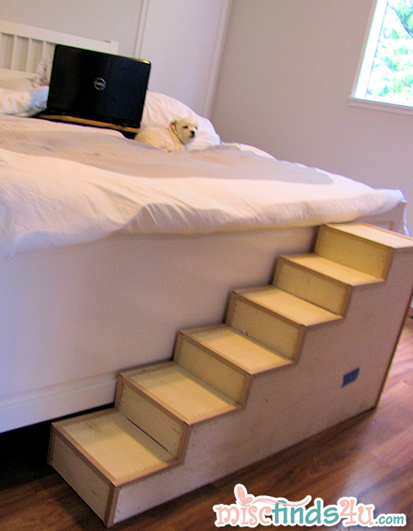 Diy pet stairs simple steps you can make yourself for How to make a cat bed easy