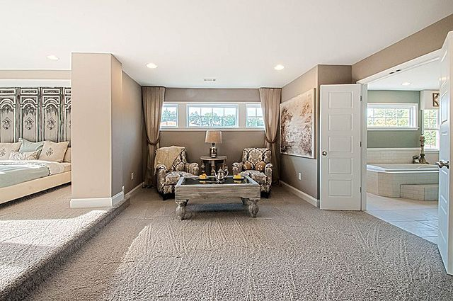 56 Magnificent Master Bedroom Sitting Area Ideas The Sleep Judge Bedroom With Sitting Area Large Master Bedroom Ideas Master Bedroom Sitting Area