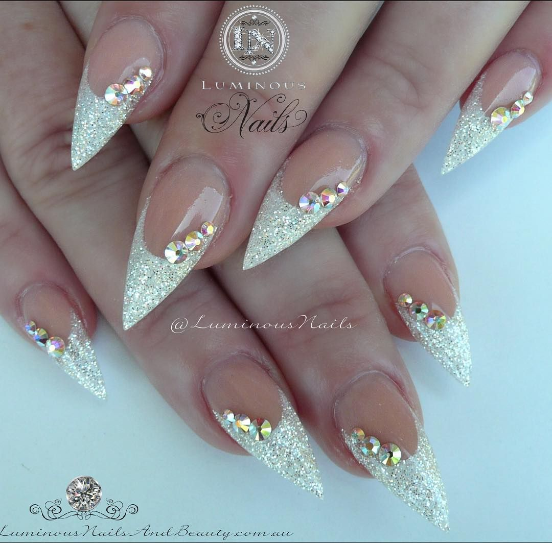 Pin von Coco Lancier auf Nails | Pinterest | Nagelschere, Nägel ...