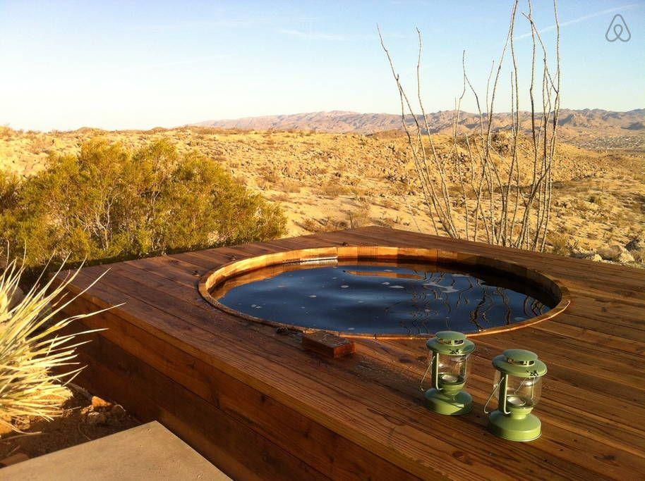 Regardez Ce Logement Incroyable Sur Airbnb Joshua Tree Green Haus W Hot Tub à Yucca Valley Inspiration