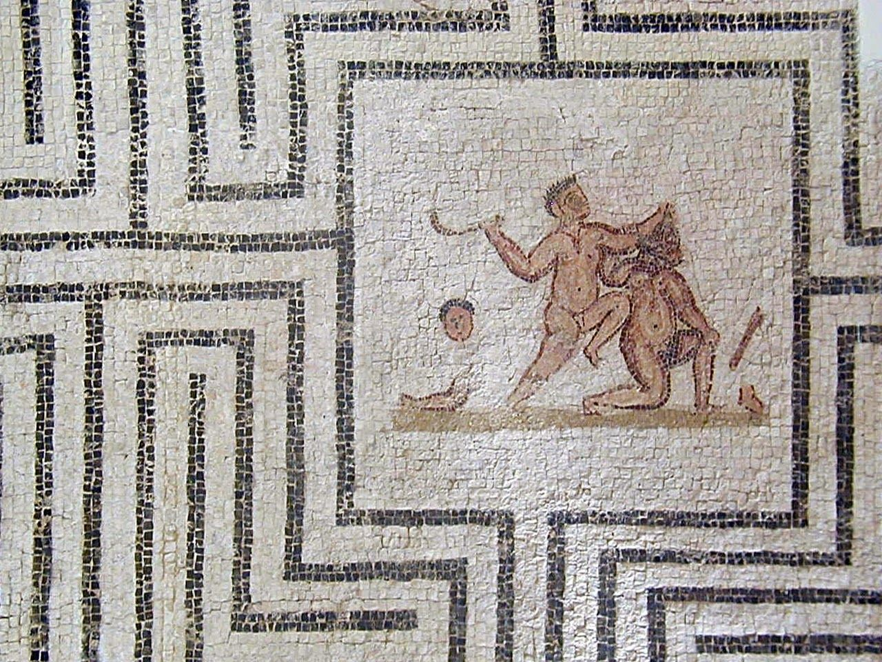 рисунки лабиринта из древней греции спортивные