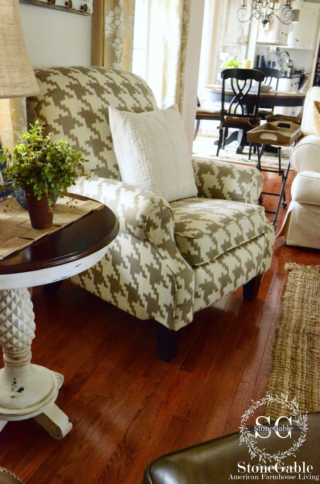 Family Room Chair Reveal  Recliner Room And Lazyboy Beauteous Lazy Boy Dining Room Sets Design Ideas