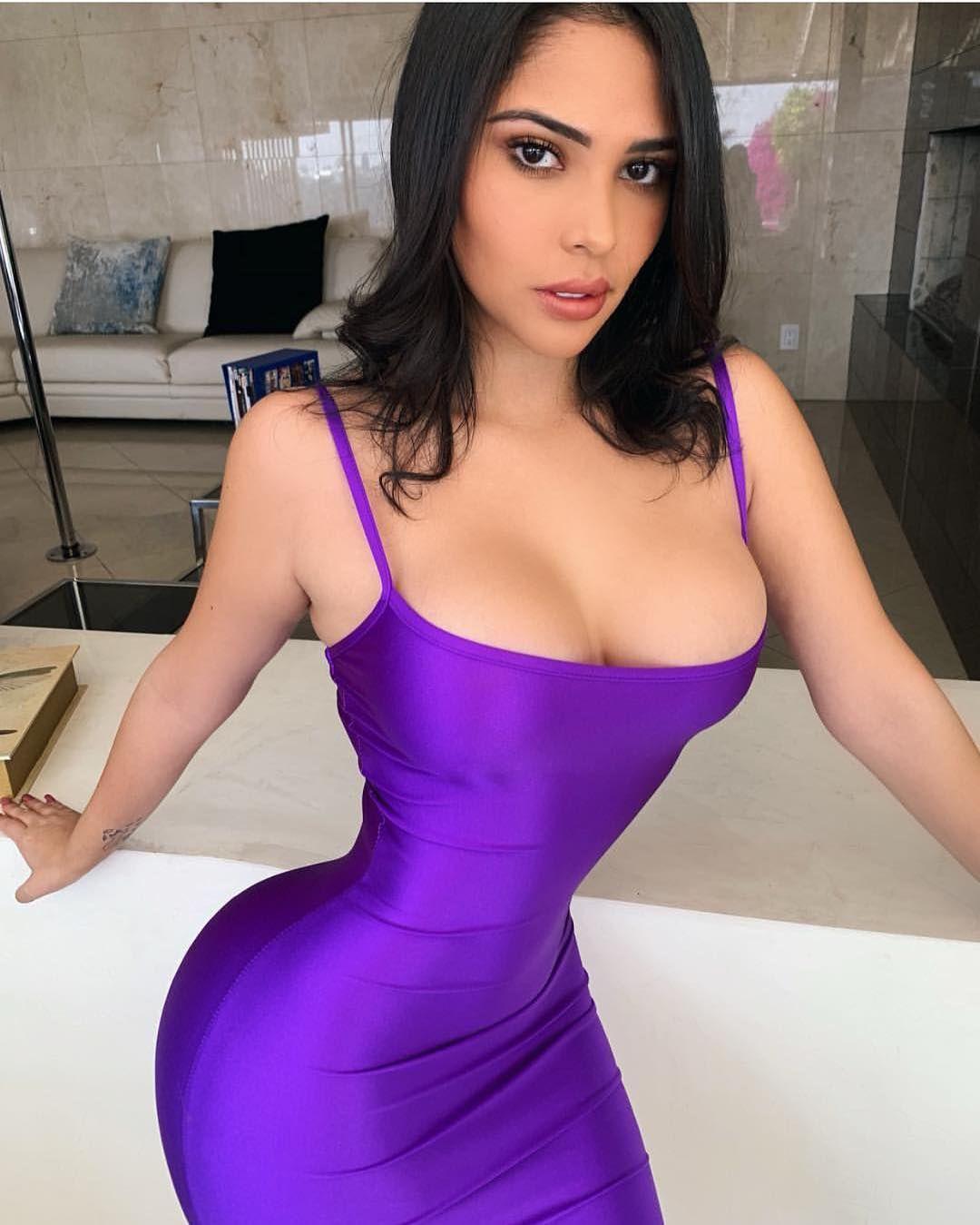 sexy latina amateur