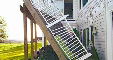 What Are The Warning Signs Of A Dangerous Deck Deck