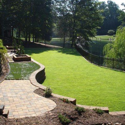 Zenith Zoysia Is Trim Tough And Plush The Best Lawn For High Profile Landscapes Designed To Impress Here Zenith Gets Full Sun And Part Shade Prov Diy Lawn