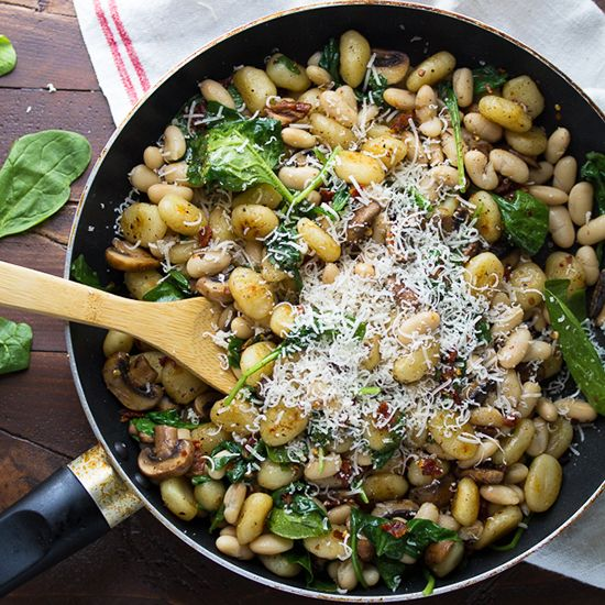 Gnocchi With White Beans Recipe: Pan Fried Gnocchi With Sundried Tomatoes And White Beans