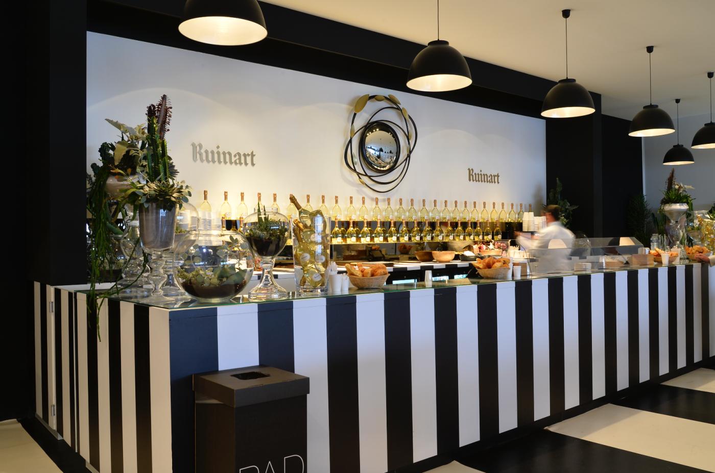 Ruinart\'s Champagne Bar @ PAD PARIS   Mmm   Pinterest