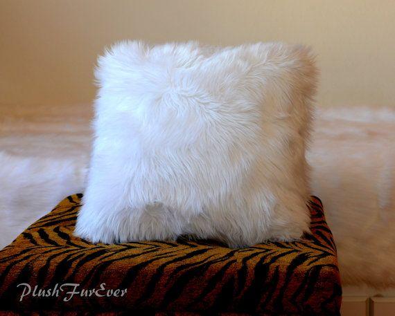 Best Faux Fur Cushion Pillow 18 X 18 Premium Shaggy Fur 400 x 300