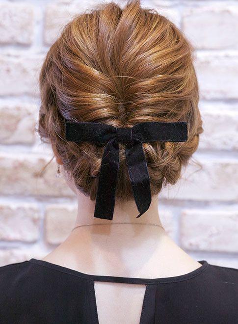 ロング 編み込みアップスタイル Babyloneの髪型 ヘアスタイル ヘアカタログ 2019春夏 編み込み 髪型 ヘアスタイリング 結婚式 ヘアスタイル お呼ばれ