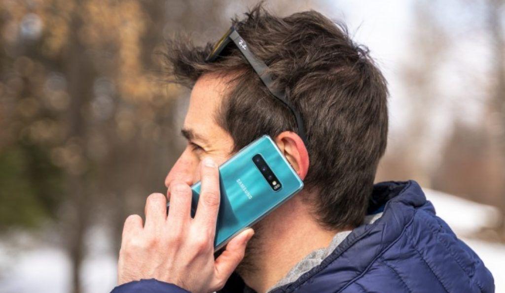 نسخ لايت من هاتفي سامسونج اس 10 و نوت 10 في اوروبا قريبا Phone Smartphone Electronic Products