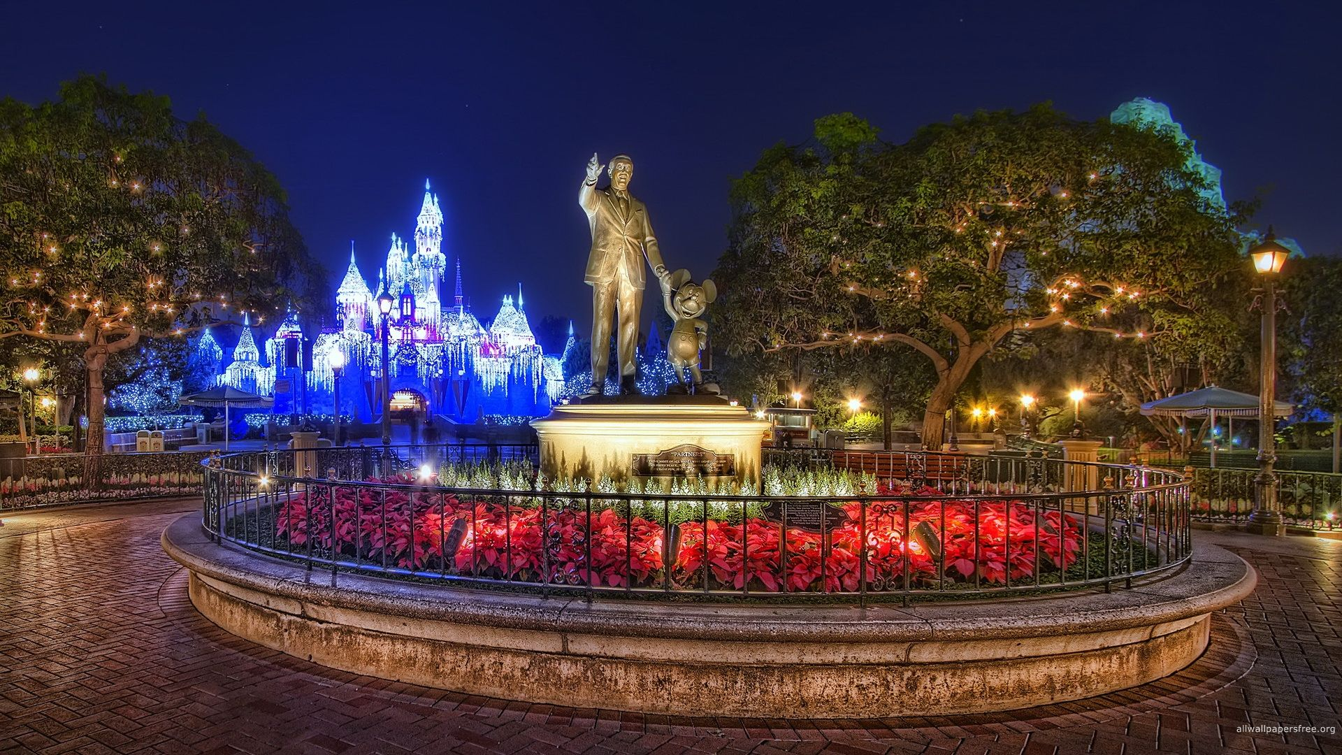 Xmas Stuff For Disney World Christmas Wallpaper Disney World Christmas Disney World Magic Kingdom Disney World Pictures