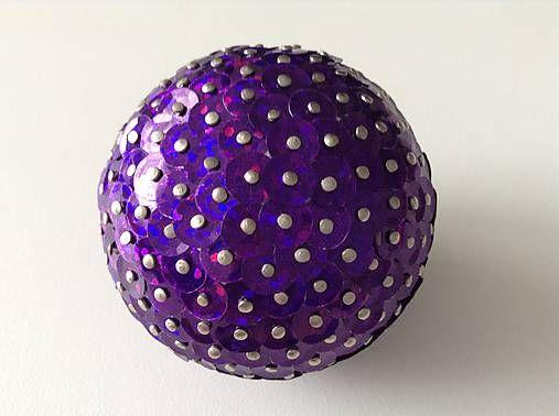 HomeDecor / Dekoračná / Vianočná guľa - fialová (flitre)