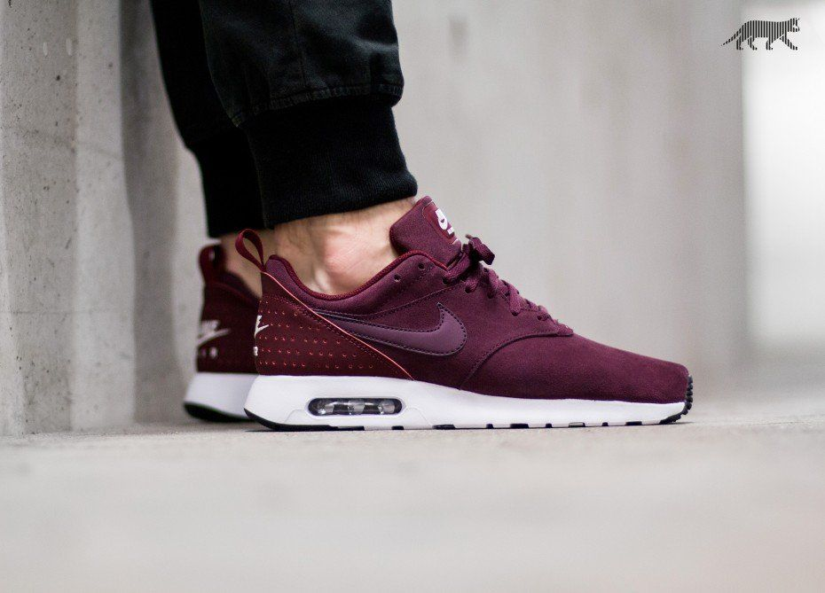 17903d5c2b Nike Air Max Tavas LTR (Night Maroon / Night Maroon - Team Red - Sail)