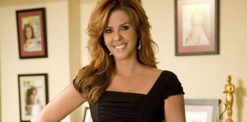 María Celeste Arrarás es atacada por próxima serie de Selena...