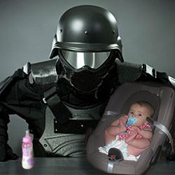 9 Ways Being a Mom is Like Being a Commando Fighter